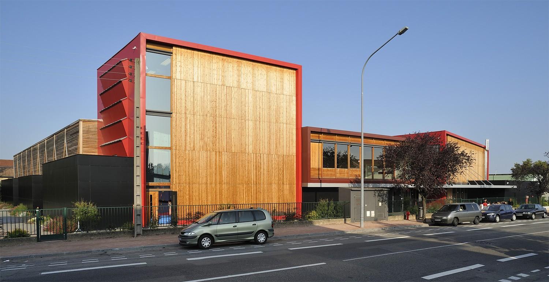 tekhn architectes complexe sportif des brosses. Black Bedroom Furniture Sets. Home Design Ideas